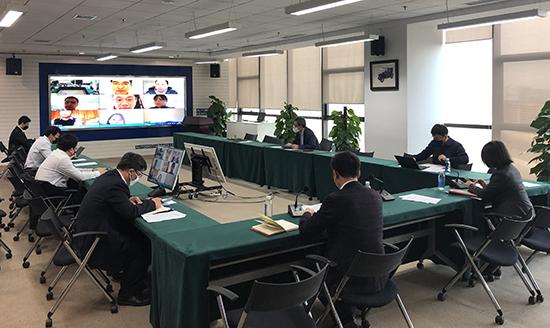 线上线下相结合 召开党委扩大会议1.jpg